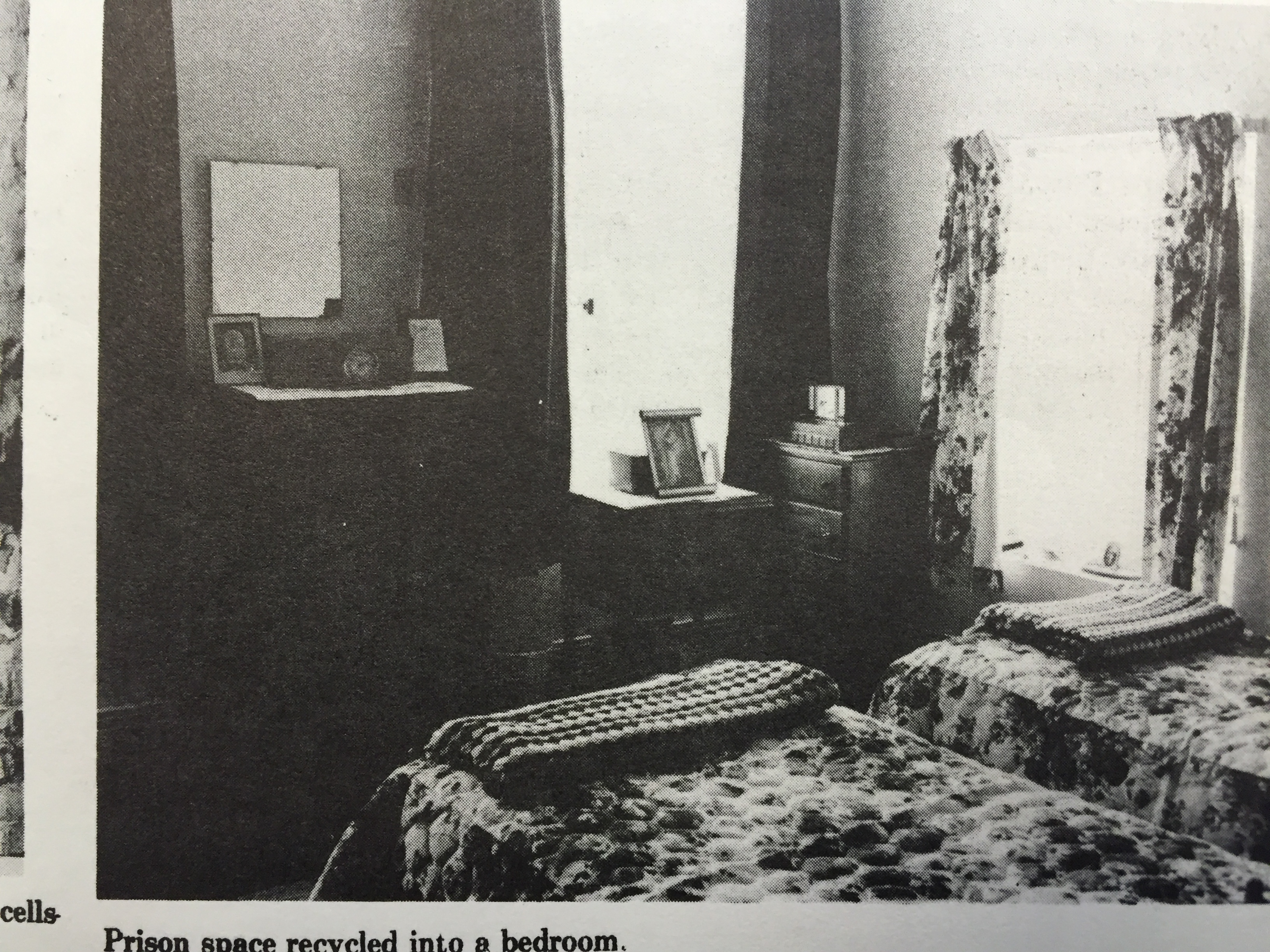 Apartment-bedroom-cell